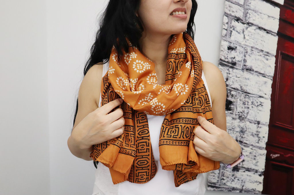 Picture of Beautiful Printed Silk Scarf